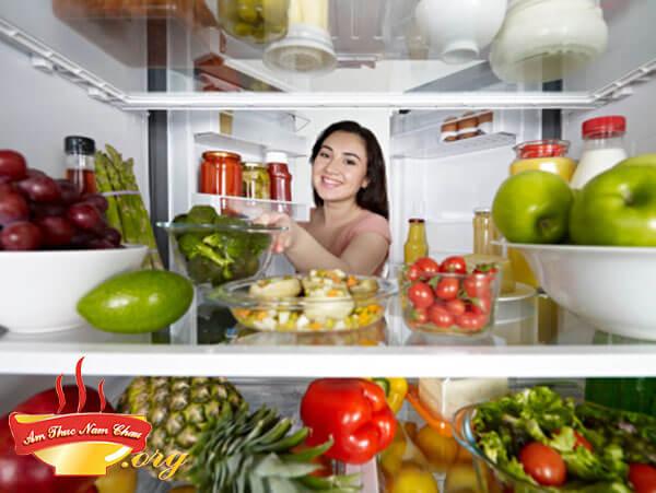 12 Mẹo hay khử mùi cho tủ lạnh hiệu quả nhất