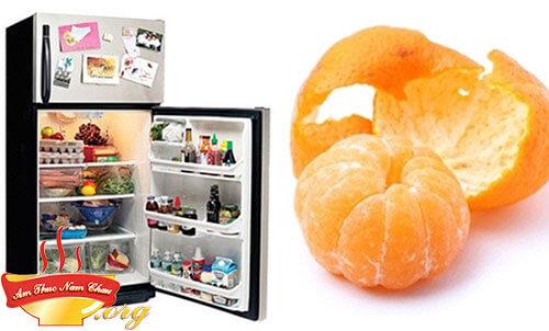 Khử mùi tủ lạnh bằng cách sử dụng vỏ cam, quýt