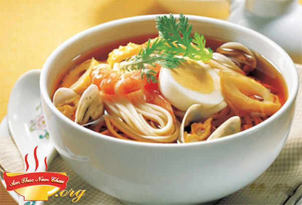 Cách làm Mỳ Ramen hải sản thơm ngon của người Nhật