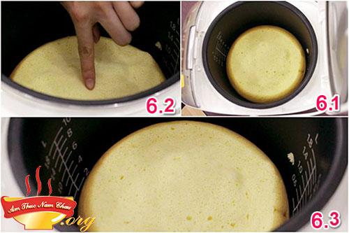 Bước 6 làm bánh bông lan bằng nồi cơm điện
