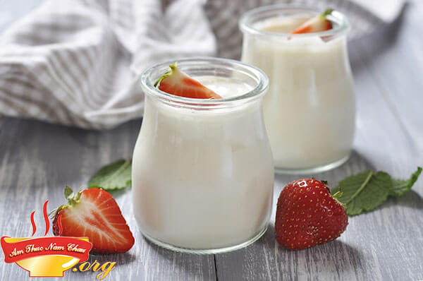 Cách làm sữa chua thơm ngon sánh mịn tại nhà