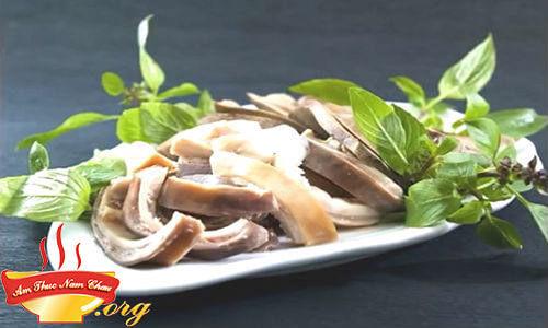 Cách nấu bao tử (dạ dày) heo hấp tiêu xanh thơm giòn lạ miệng