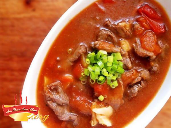 Cách nấu món thịt bò sốt cà chua thơm ngon bổ dưỡng