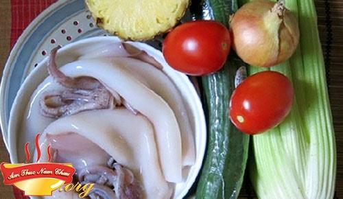 nguyên liệunấu mực xào chua ngọt