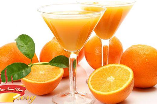 Cách làm sinh tố cam tươi vừa mát lại đẹp da tại nhà