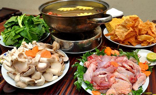Cách nấu lẩu gà lá giang, thập cẩm, miền bắc ngon nhất tại nhà