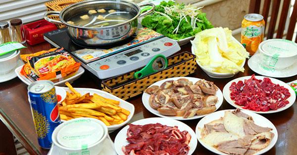 Cách nấu lẩu đuôi bò nhúng dấm đơn giản tại nhà